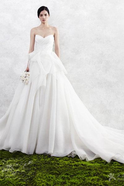 唯誓婚纱女装新品