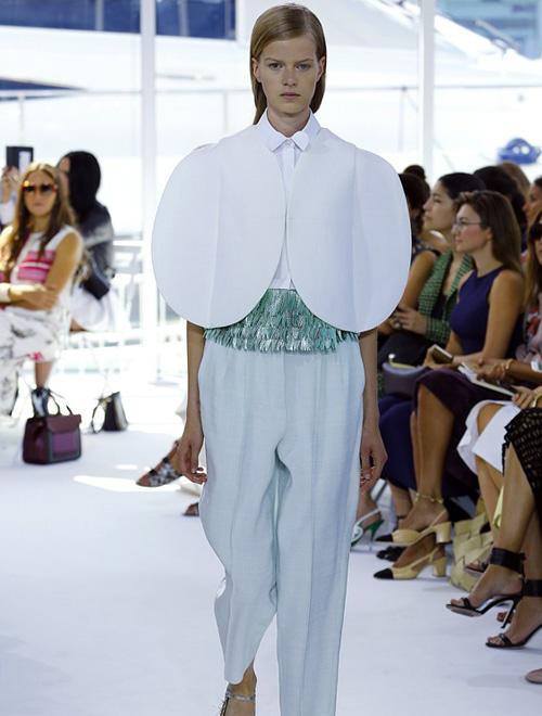 古典艺术与现代风情 Delpozo 2016年春夏高级定制女装纽约时装展