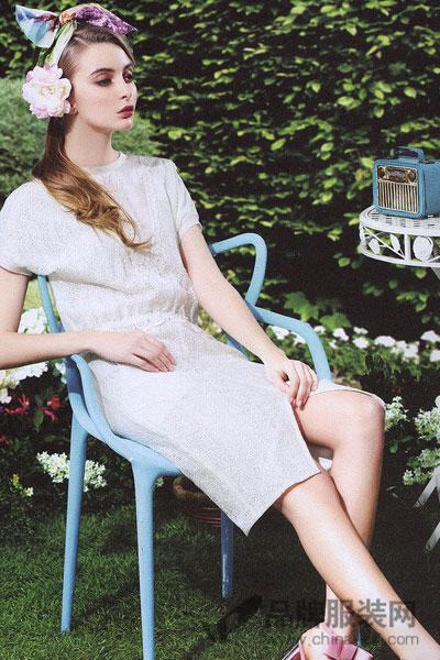 衬茉女装  在欧美折扣是一种成熟的业态