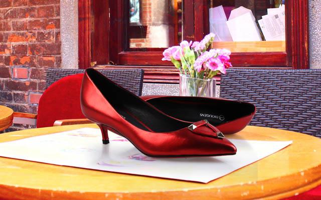 广州品牌女士皮鞋加盟店那家好选择迪欧摩尼品牌