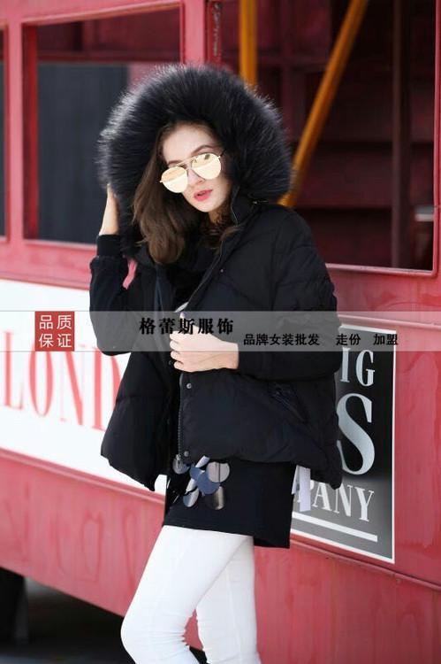 请问在广西南宁哪里有便宜的尾货服装可以拿货