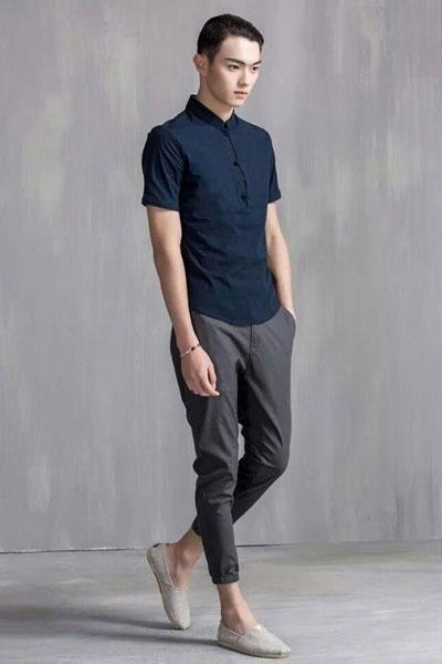�h纹男装  深蓝色棉麻T恤