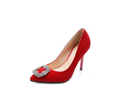 加盟女鞋品牌项目怎么赚到钱,迪欧摩尼告诉您