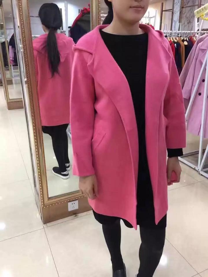 杭州品牌折扣女装批发,库存服装网批发