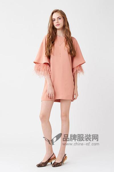 Lily Brown女装2016秋冬流苏连衣裙