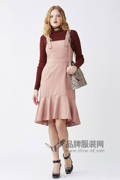 Lily Brown女装2016秋冬背带衫连衣裙