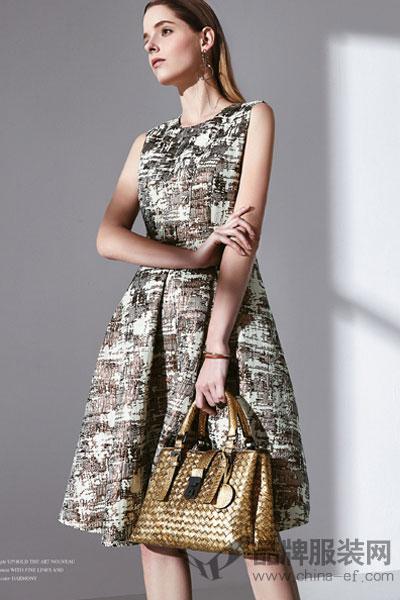 JAOBOO 乔帛女装2017秋季快时尚修身无袖