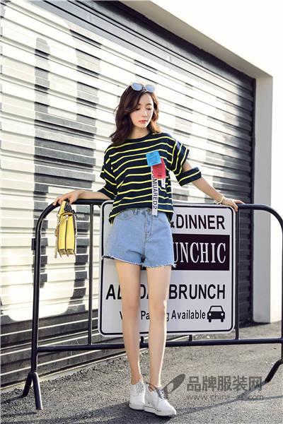 左韩女装2017夏季韩版快时尚T恤