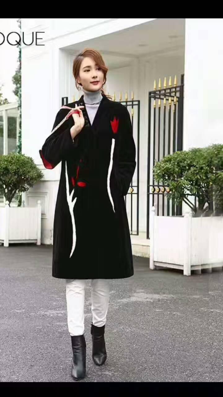 六百种针对于20-45岁的女性服装,免费铺货房租水电公司全包