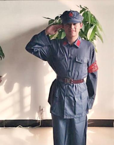 苏维红红军服