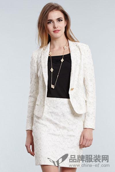 m2女装专柜正品西装领一粒扣印花修身西装外套短款2017秋季新款