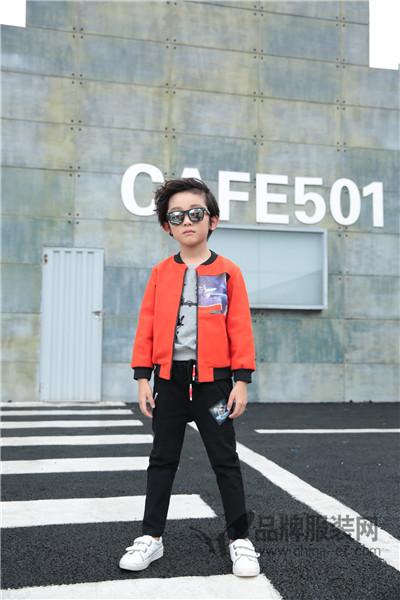 小马嘟嘟童装2017秋季潮童棒球服