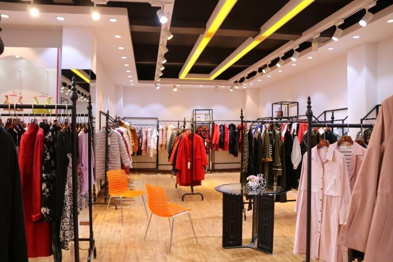 广州市优惑服饰贸易有限公司品牌店铺展示店铺形象