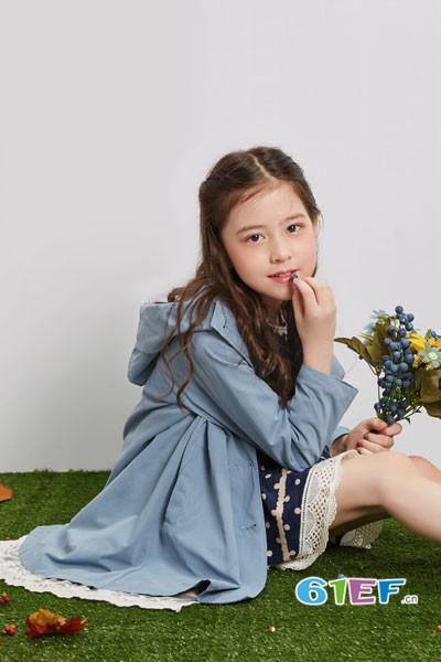 辛巴娜娜童装2017秋季淑女连帽薄外套