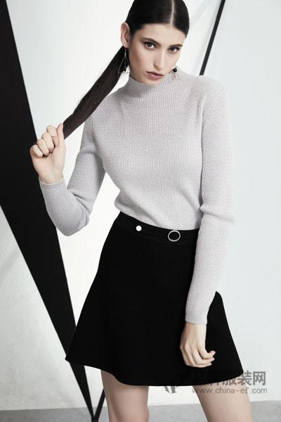 SN女装2017秋冬修身高领针织上衣