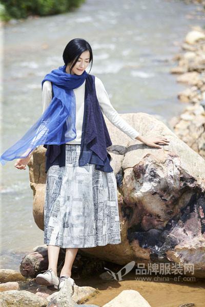 丽比多女装2017秋季文艺印花半身裙