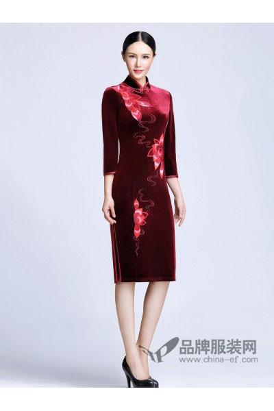 依达利・米兰女装2017秋冬中国风印花旗袍