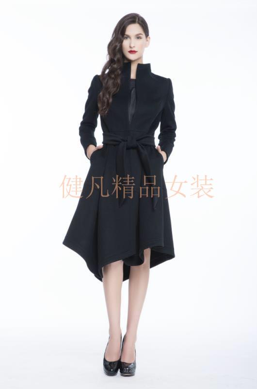 恋白模特2017冬季新品