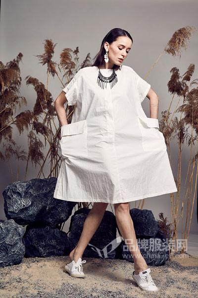 日播女装2017秋冬纯色口袋衬衫裙
