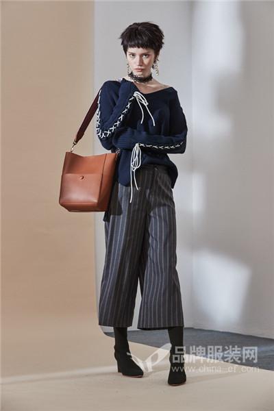 玛琪雅朵女装2017秋冬时尚抽绳针织毛衣
