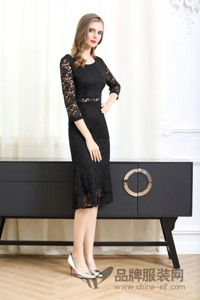 卡尔诺女装2017秋冬时尚镂空袖收腰黑色连衣裙