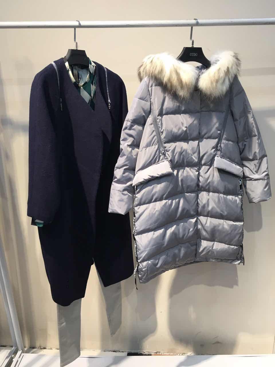 重庆服装批发市场品牌折扣女装秋装北京品牌折扣店羊绒围巾