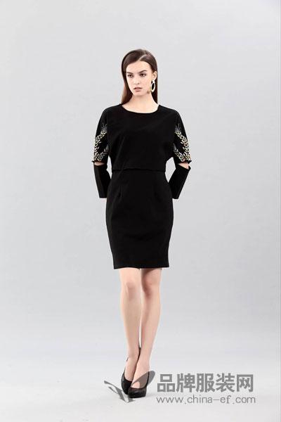 艾丽哲女装2017冬季对称开品袖连衣裙
