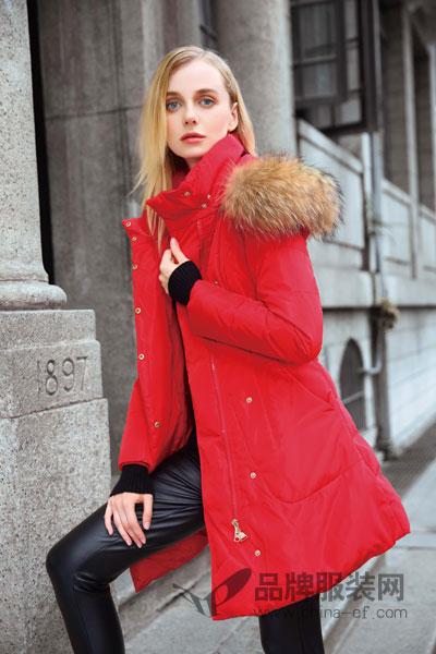 丹菲诗女装致力引领女性时尚服饰潮流 摩登、浪漫、雅致