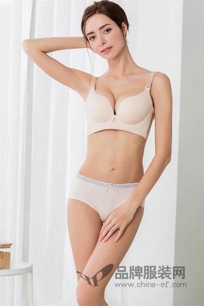 桃花季主营产品包括文胸系列、男士系列、内裤、家居系列