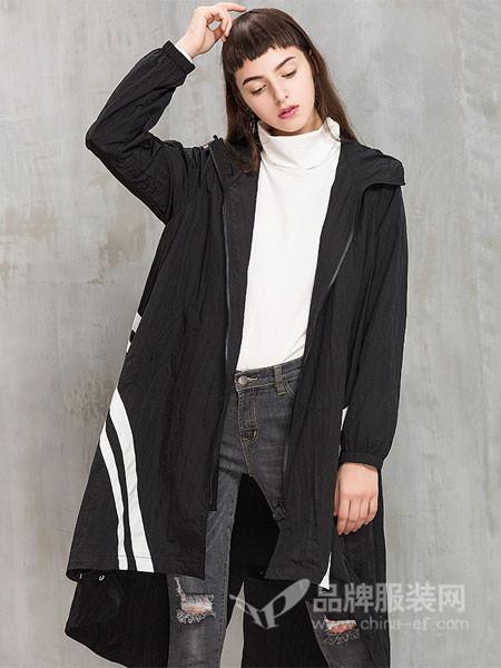 茜碧女装2017冬季中长款宽松条纹运动风衣连帽长袖韩版外套