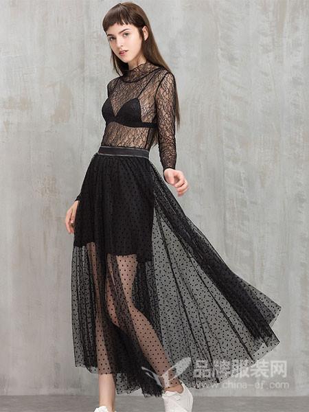 茜碧女装2017冬季性感纱网半裙透视黑色透视中长款圆点半裙