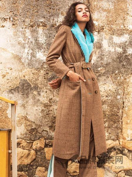 亚虎女装2017秋冬气质高腰修身显瘦廓形长西装双排扣收腰西装风外套