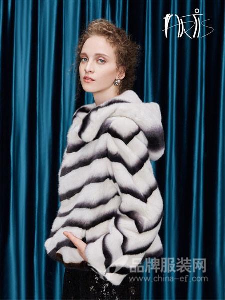 雅迪斯女装2017秋冬进口丹麦母貂皮大衣女装中长款整貂连帽外套