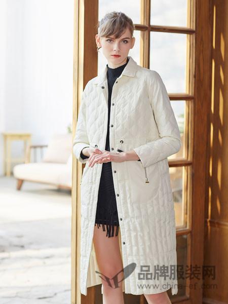 金蝶茜妮女装 能准确捕捉市场流行趋势。金蝶妮时尚潮流