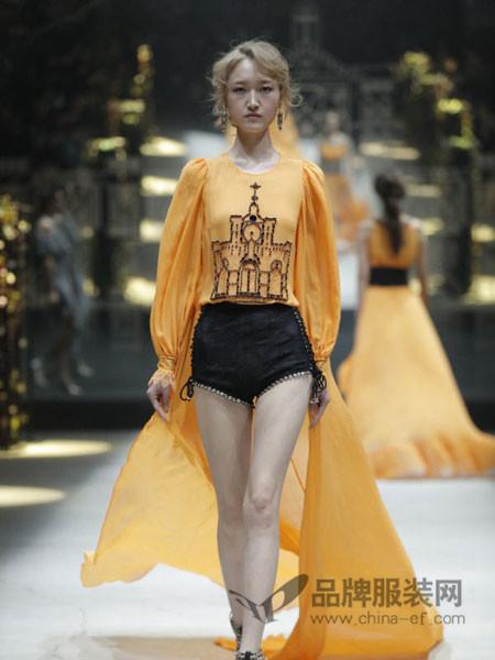 欧点女装2017春夏时尚个性拖尾款纱裙礼服