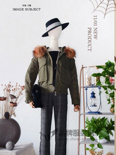 印象主题女装2017秋冬短款羽绒服韩版狐狸大毛领连帽外套