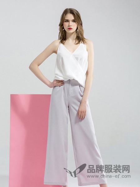 拉夏薇媞女装优雅女士摩登味满满的露背梦露式性感显瘦连体服