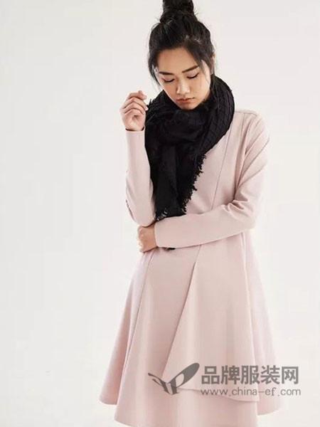 时风女装2017秋冬名媛气质显瘦中长款粉色丝绒连衣裙