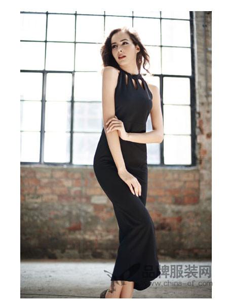 Mirror女装修身显瘦裙挂脖式长款时尚性感晚礼服简约连衣裙