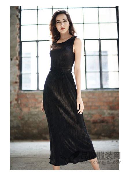 Mirror女装显瘦名媛打底长袖丝绒连衣裙