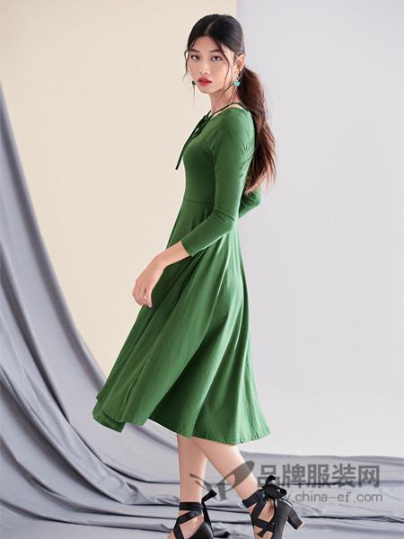 3d女装2017秋冬韩版气质绿色长袖连衣裙