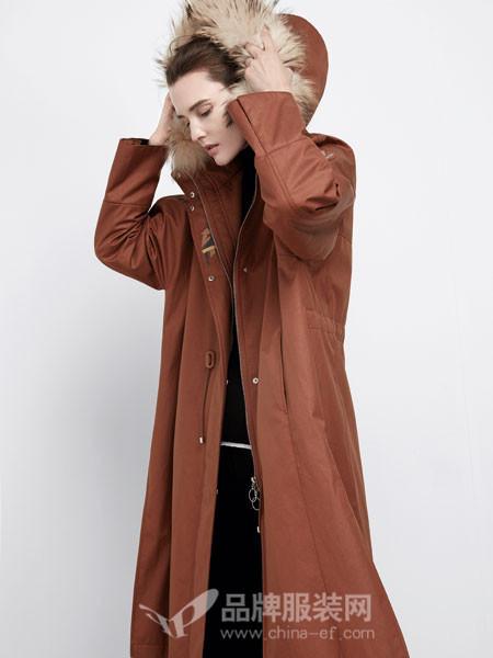 米茜尔女装2017冬季真毛领工装休闲风衣款收腰斜口袋长款羽绒服