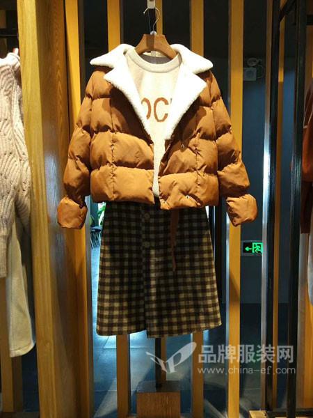 麦寻女装2017秋冬韩版棉衣短款加厚时尚百搭羽绒棉外套