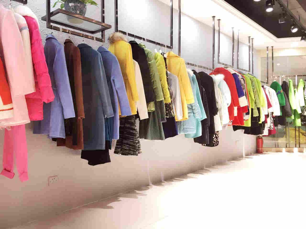 三彩 品牌品牌折扣女装厂家直销冬季尾货货源