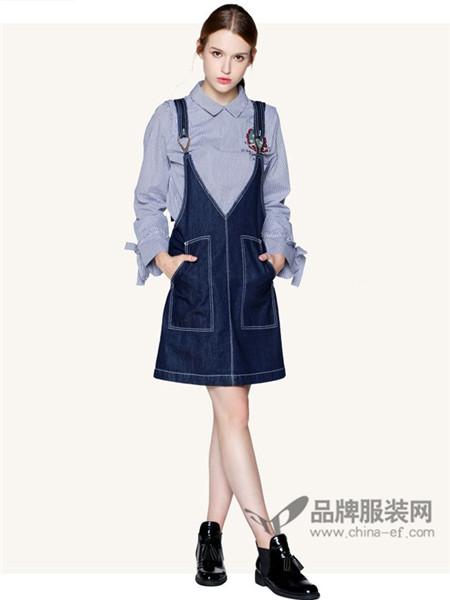 阿桑娜女装2017秋冬时尚简约宽松减龄少女牛仔背带裙