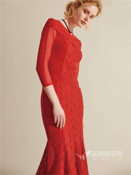 兰卡芙女装2017秋冬鱼尾长款修身红色V领蕾丝连衣裙