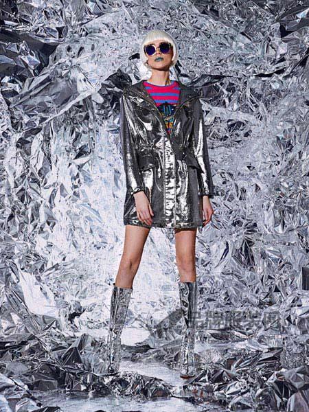维斯提诺女装2017秋冬纯皮翻领长袖系带百搭银色皮衣外套