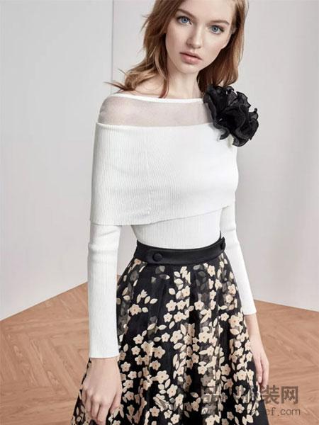 红贝缇女装2018春夏时尚一字领百搭上衣
