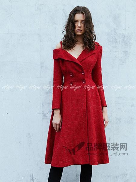 istyni女装2017秋冬新品不对称露肩红色大衣外套