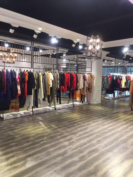 2018杭州女装折扣品牌艾格纯色剪标正品折扣女装尾货批发
